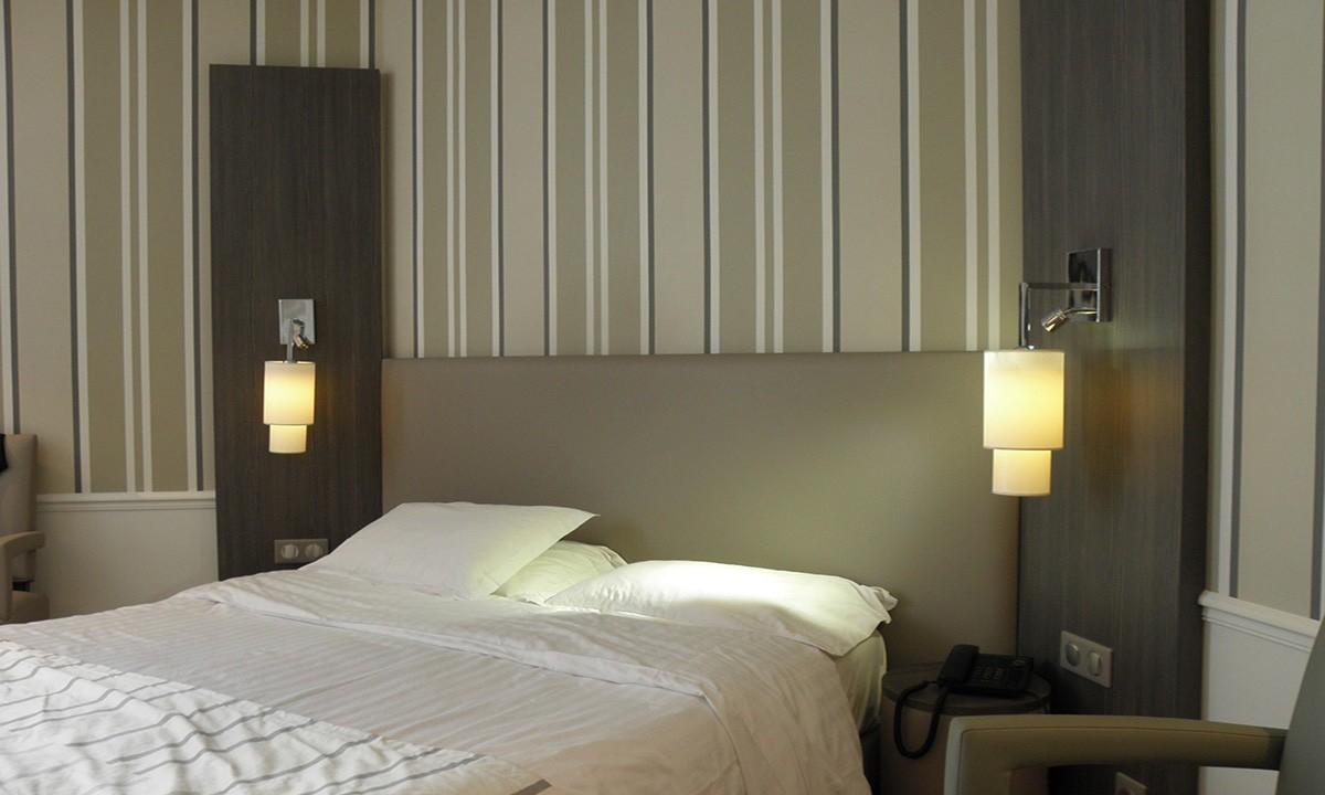 r f rences abat jour hotel. Black Bedroom Furniture Sets. Home Design Ideas